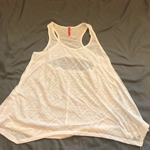Tops - Flowy Tank with cut out on back